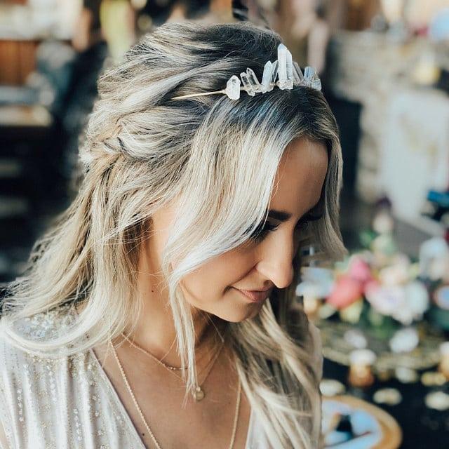 comment porter la couronne en quartz cristal pour un mariage