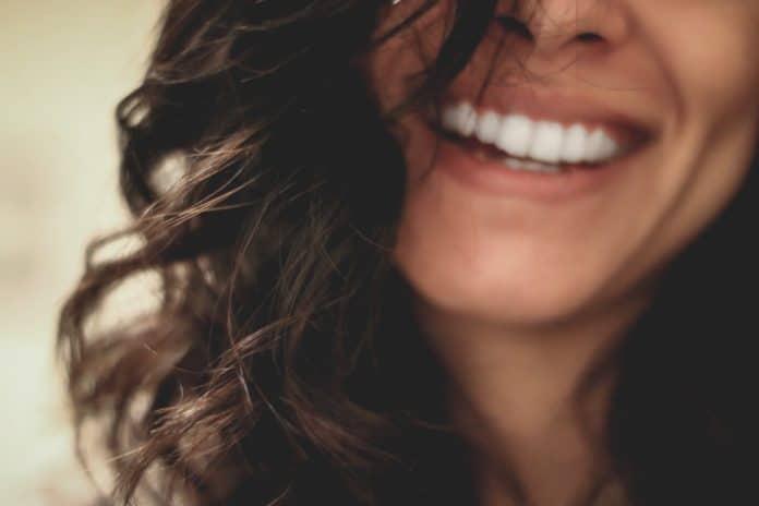 Bbryance - tout savoir sur la marque pour blanchir les dents
