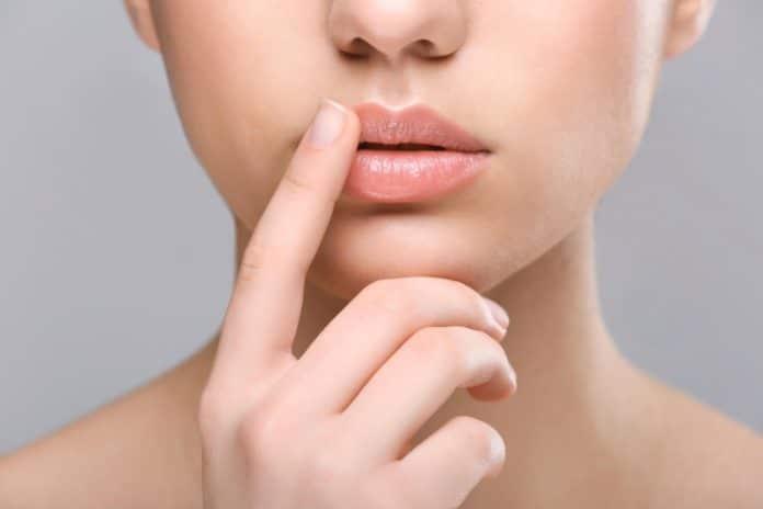 Exfoliant à lèvres _comment faire un gommage des lèvres
