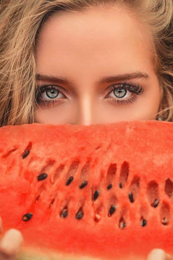 Le maquillage des sourcils - Comment maquiller et redessiner ses sourcils