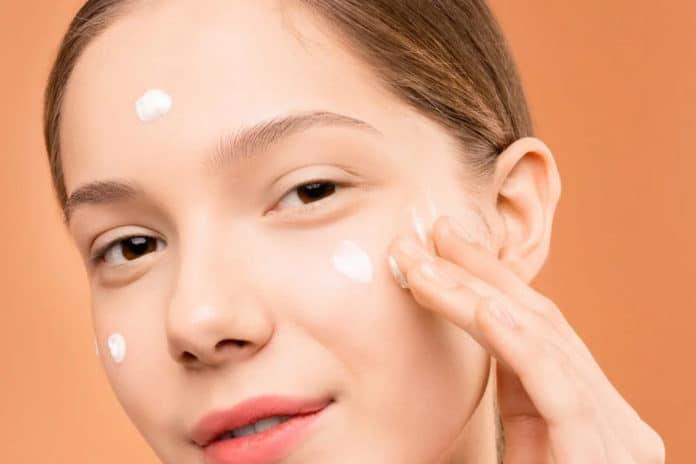 comment préparer sa peau avant le maquillage