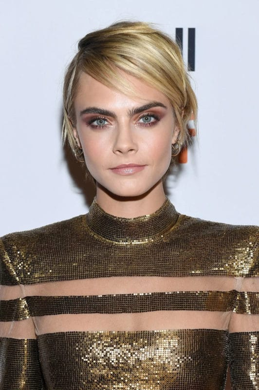 Cara Delevingne cheveux courts