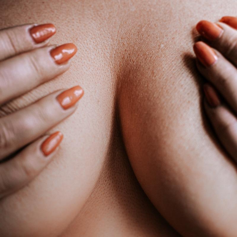 comment grossir des seins naturellement