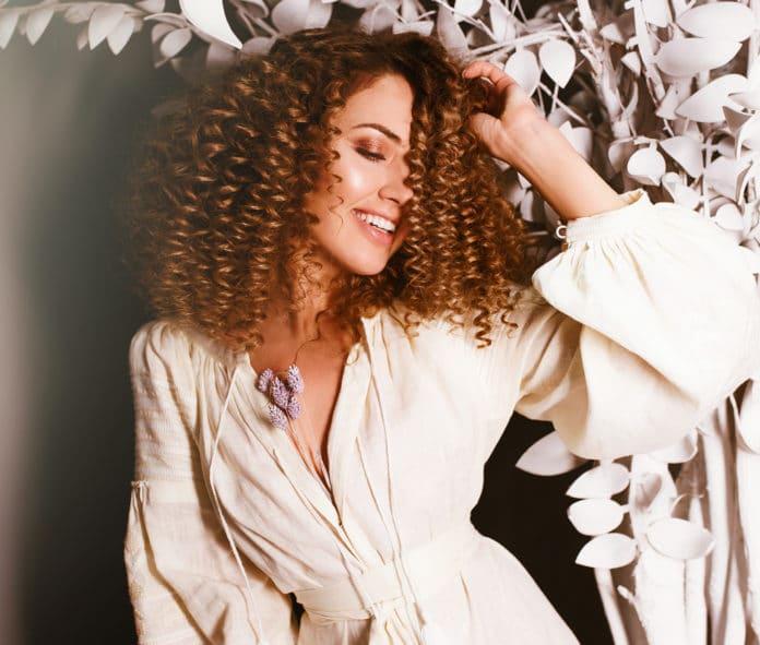 Quelle routine beauté et soins pour cheveux crépus (3)