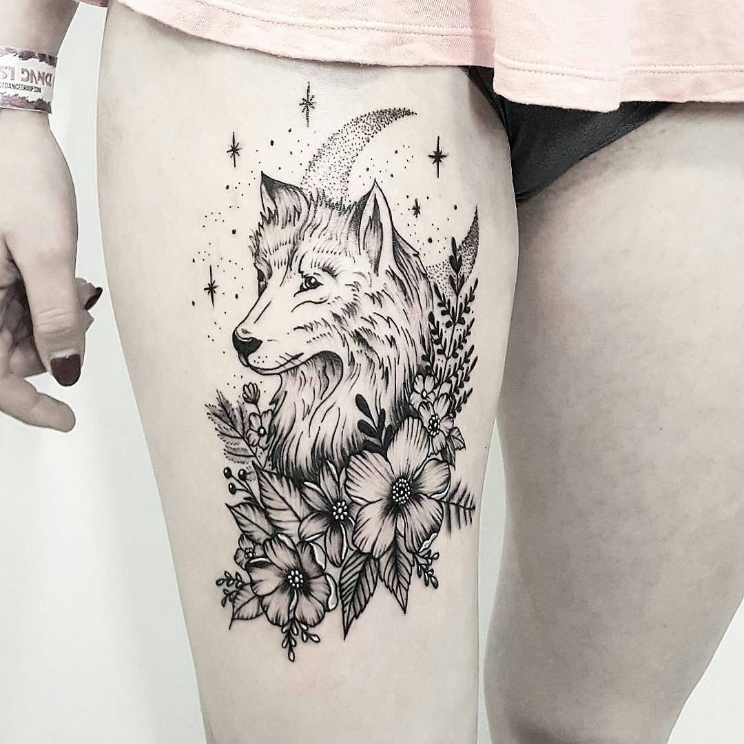 tatouage lune loup signification