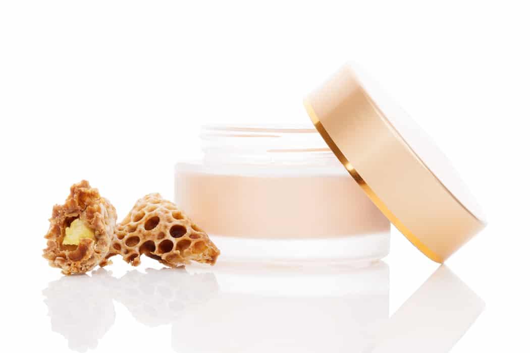 Comment utiliser la cire d'abeille en cosmétique et soin?
