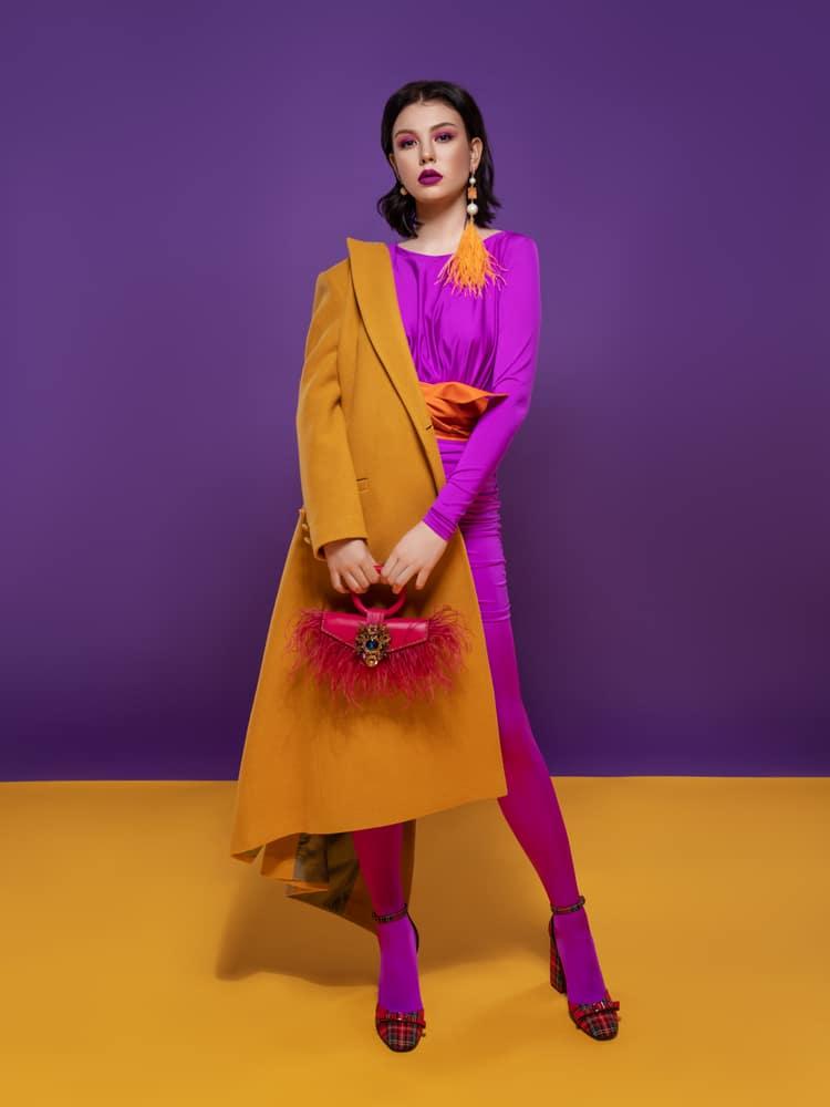 porter robe violette