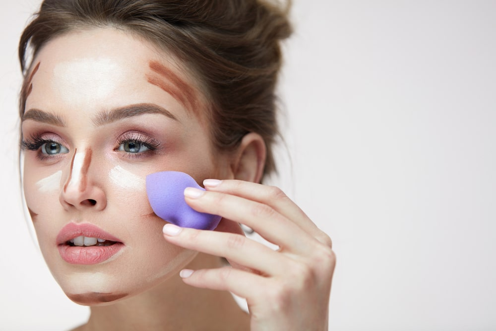 4 règles d'or pour bien utiliser une éponge à maquillage