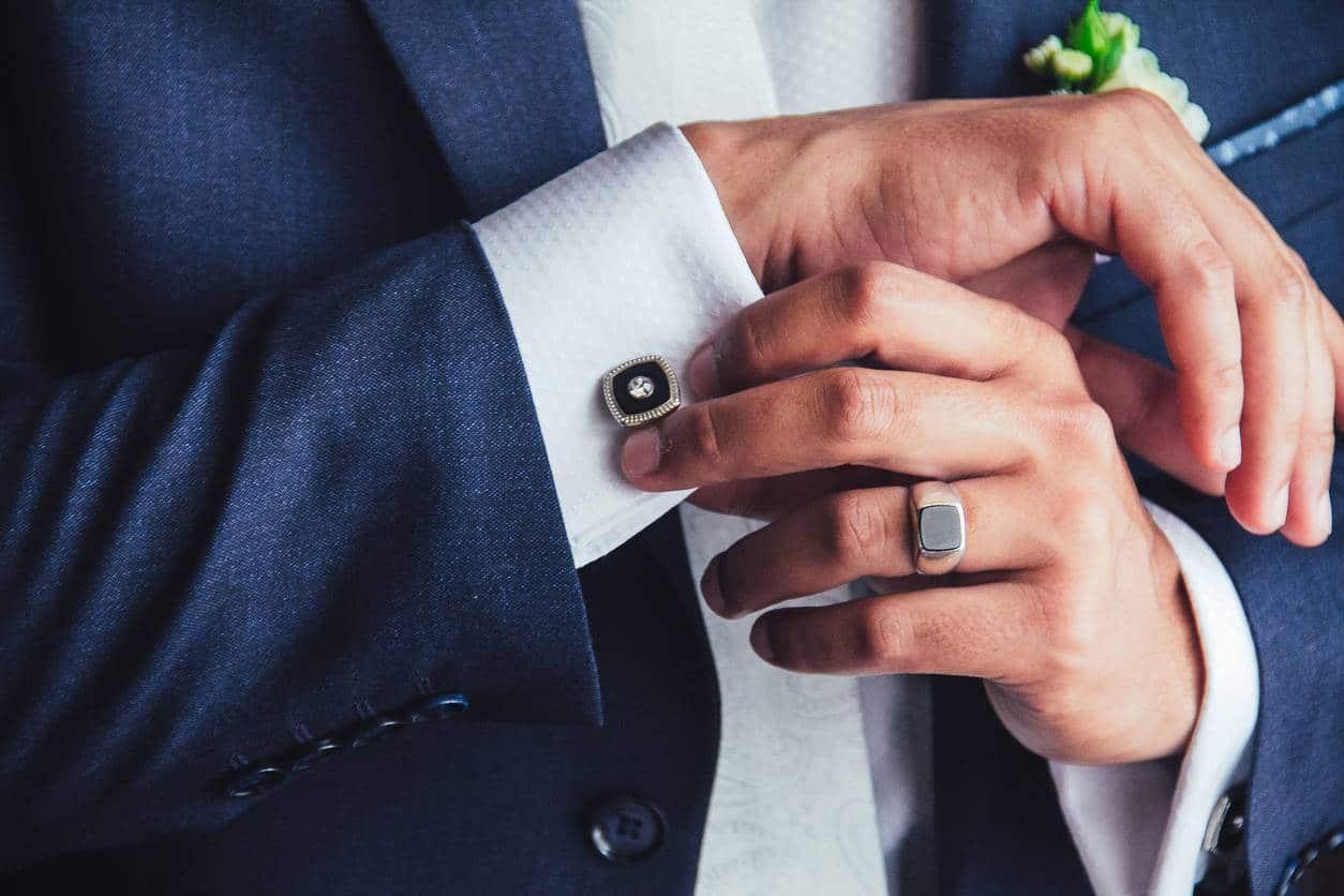 Mode homme : réussir son look dandy avec les accessoires