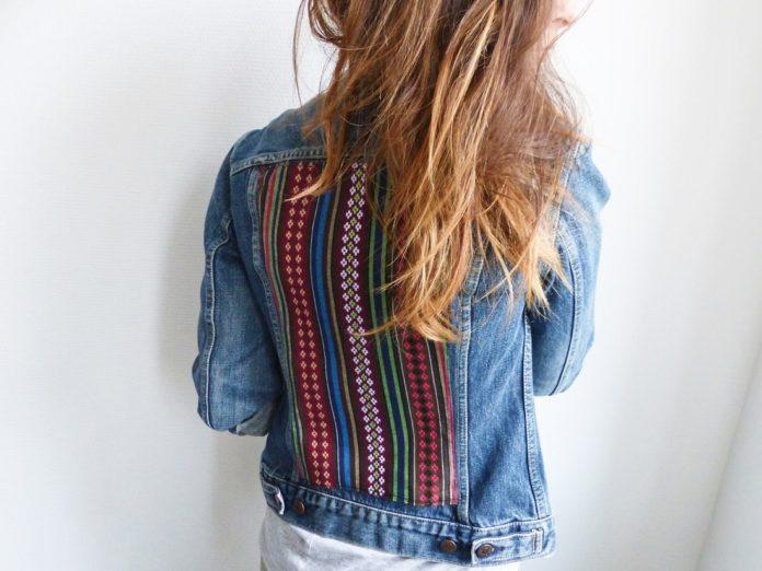 9 idées pour customiser une veste en jeans