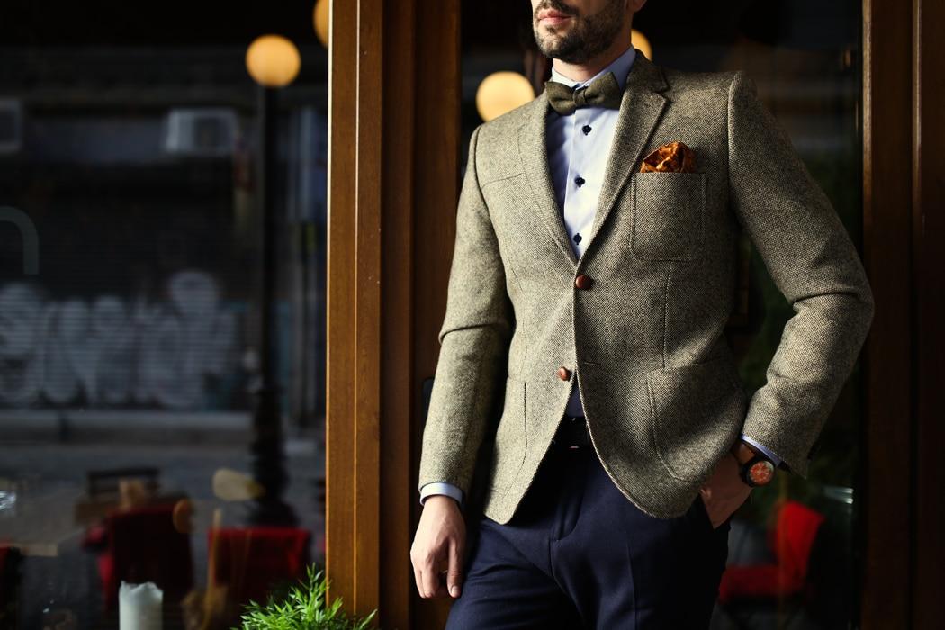 Comment choisir un pantalon de costume pour homme selon sa morphologie?